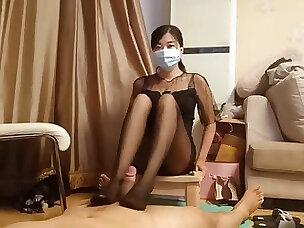 chinese femdom mistress shoe sniffing pantyhose footjob cumshot